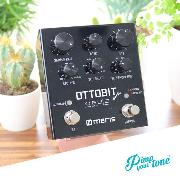 Meris Ottobit guitar pedal